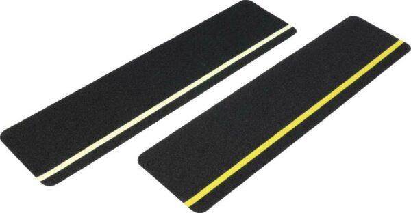 Antirutsch Formteil, Typ Universal, schwarz mit langnachl. Streifen, 150x610 mm
